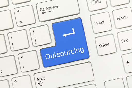 When Should You Outsource Your IT Infrastructure?